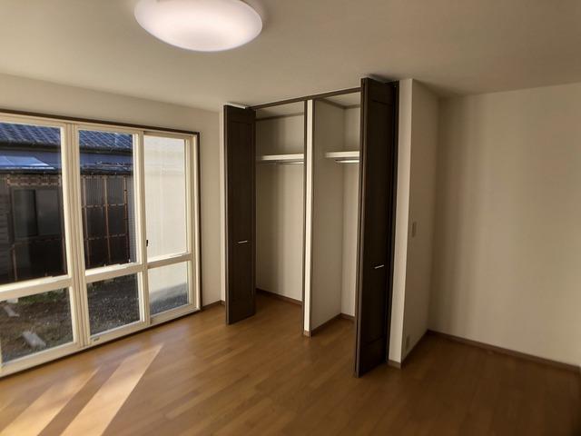 1階洋室(収納)