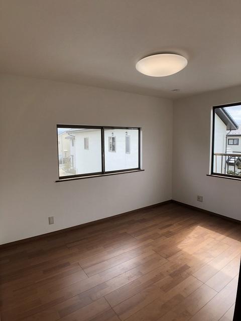 2階東側洋室(6帖)