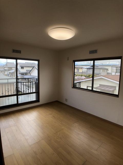 2階東側洋室(6.0帖)