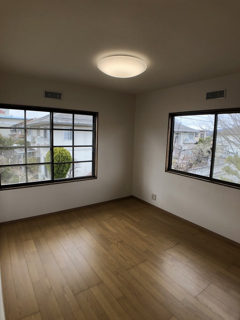 2階北側洋室(5.3帖)