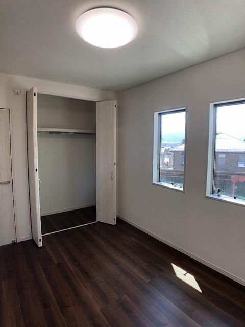2階洋室(6.0帖)クローゼット