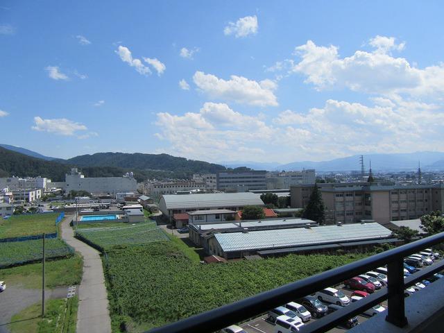 バルコニーからの眺望(南側)