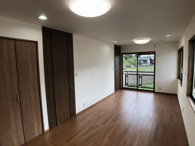 2階洋室(11.3帖)