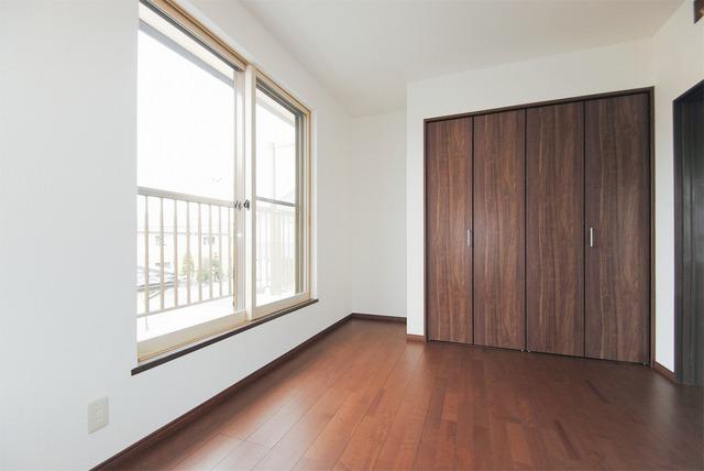 2階洋室(5.8帖)