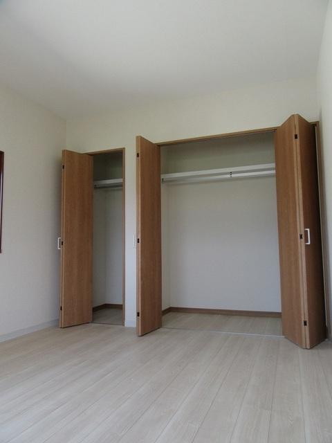 2階洋室・収納