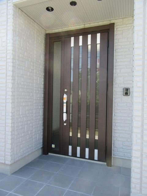 玄関ドア新品