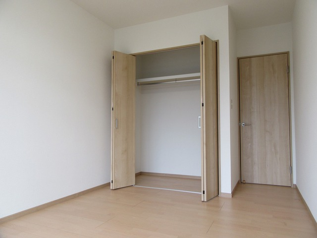 1階洋室(6.5帖)の収納