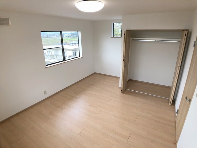 2階洋室(9.0帖)