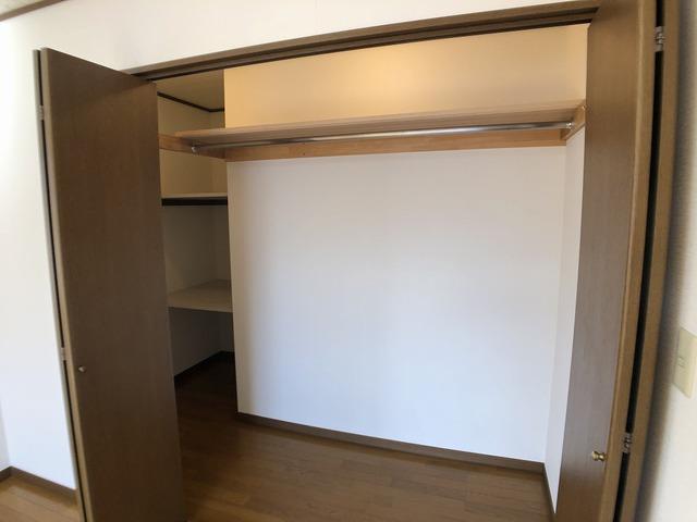 2階洋室(7.5帖)の収納