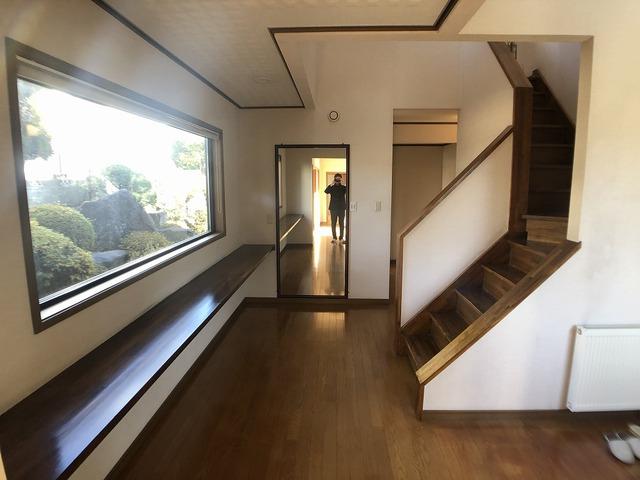1階廊下・ホール