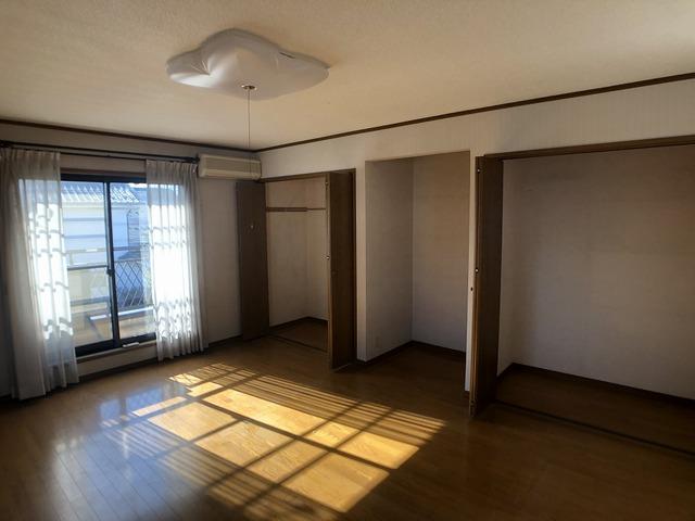 2階西側洋室(10帖)