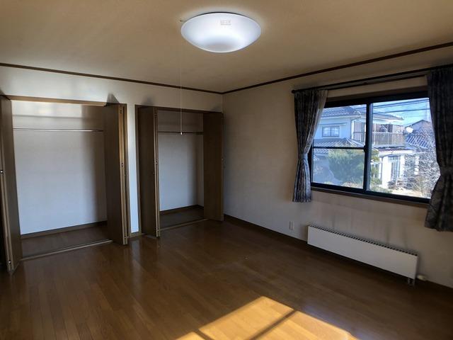 2階東側洋室(10帖)