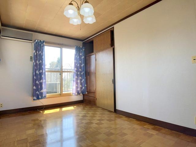 2階洋室(7.5帖)