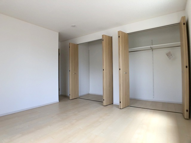 2階主寝室(8.5帖)
