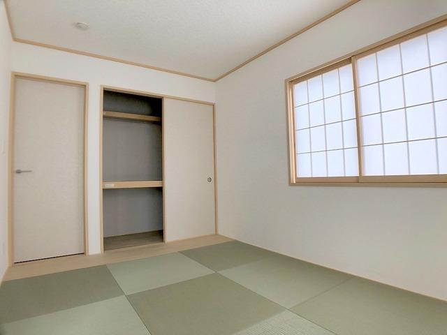 1階和室(6.7帖)