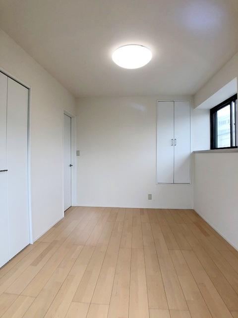 2階北西側洋室(6.0帖)
