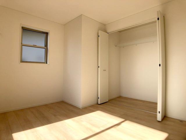 2階洋室(6.5帖)・クローゼット