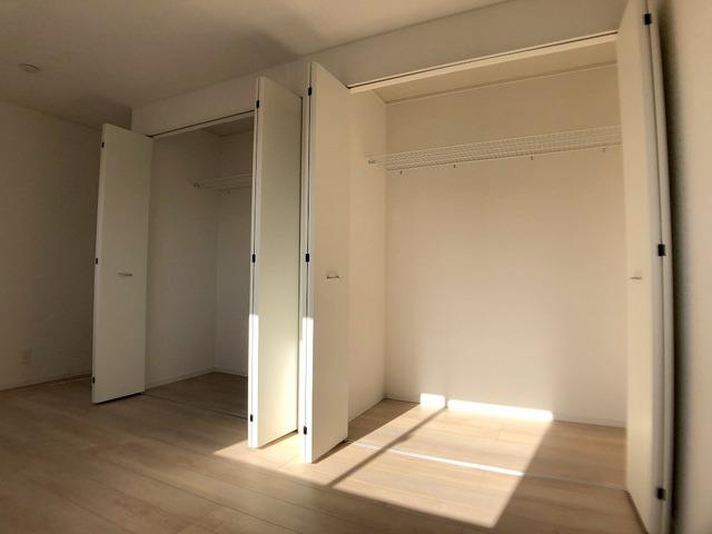 2階8帖洋室・クローゼット