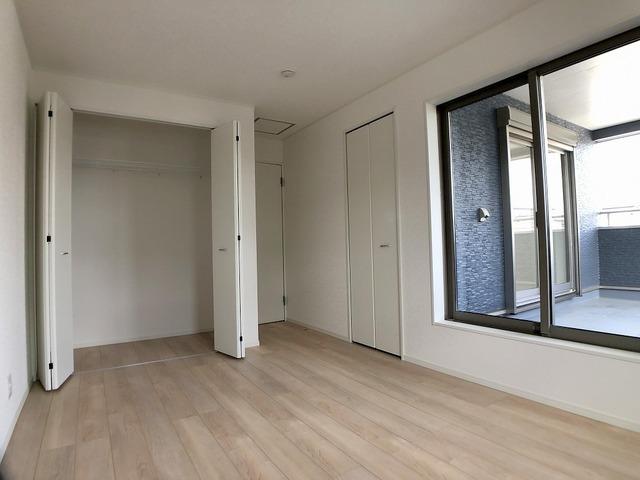 2階南西洋室(7.2帖)・クローゼット