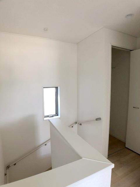 2階階段・収納