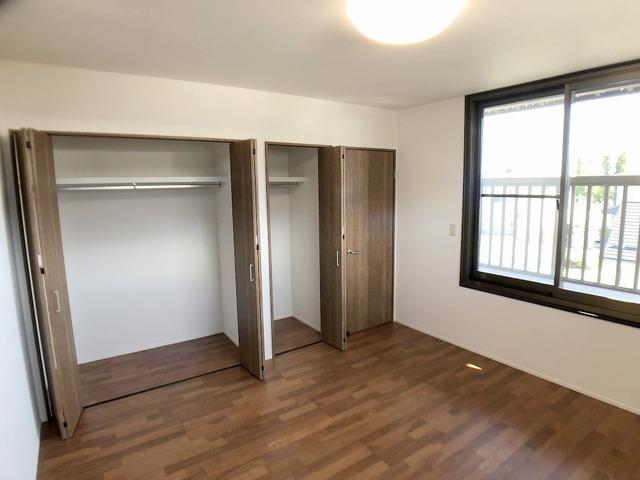 2階西側洋室(8.0帖)