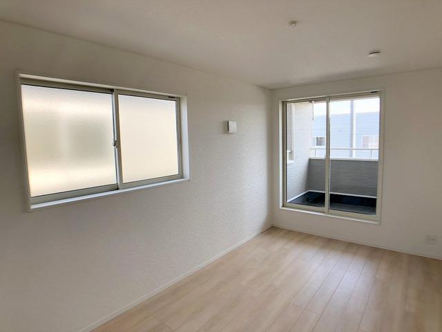 2階東側洋室(8.5帖)