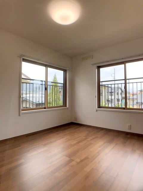 2階北側洋室(6.5帖)