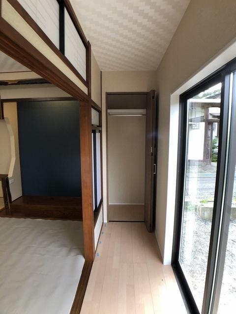 1階和室の縁側