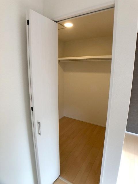 2階西側洋室(11.0帖)のWIC