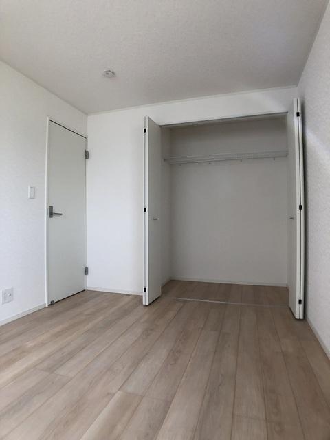 2階東側洋室(7.5帖)