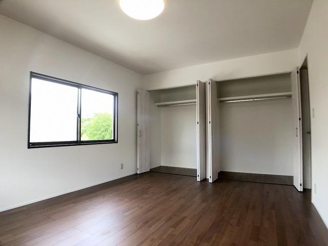 2階西側洋室(10.0帖)・クローゼット