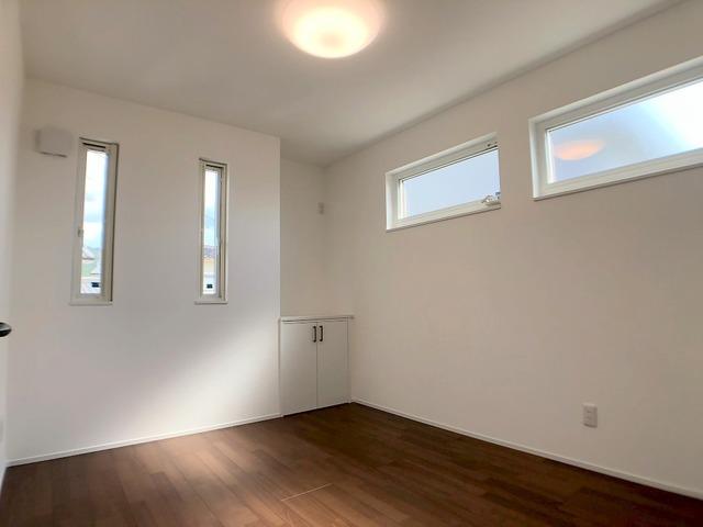 2階西側洋室(5.2帖)