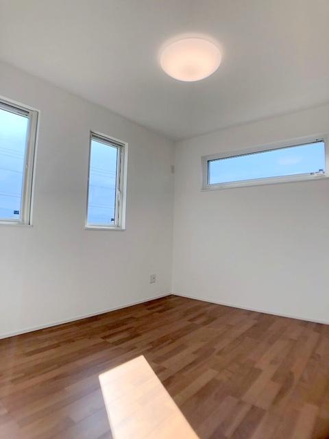 2階北西側洋室(5.0帖)